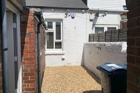 2 bedroom terraced house to rent - Balfour Street, Houghton le Spring, Houghton le Spring, Tyne & Wear  DH5
