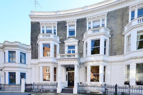 1 bedroom flat to rent - Challoner Crescent West Kensington W14