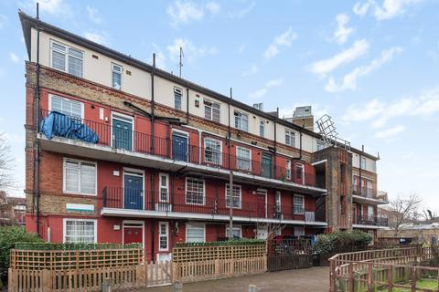 3 bedroom apartment for sale - Swan Mead London SE1