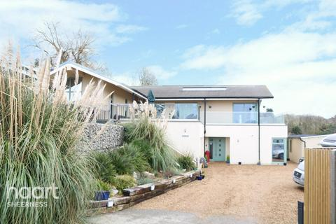 5 bedroom detached house for sale - Wards Hill Road, Minster on Sea, Kent