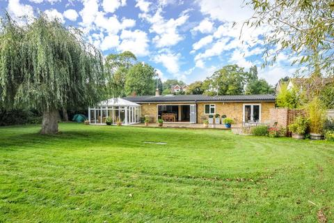 5 bedroom detached bungalow for sale - Postcombe,  Oxfordshire,  OX9
