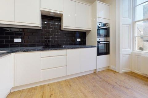 1 bedroom apartment to rent - Dyer Street, Cirencester