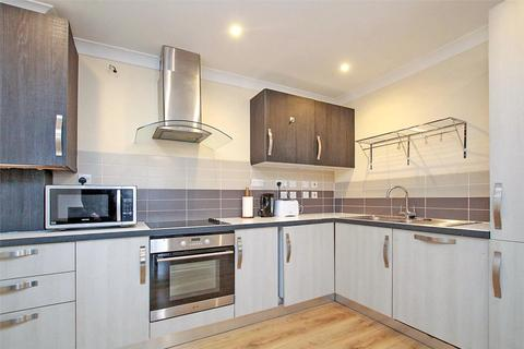 3 bedroom apartment to rent - Nile House, Philpot Street