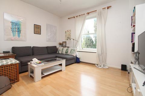 2 bedroom flat to rent - Bedwardine Road, Crystal Palace , SE19