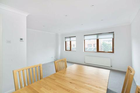 2 bedroom flat to rent - Maltings Place, Fulham, London, SW6