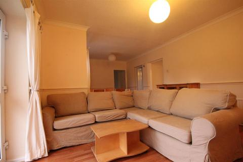 2 bedroom apartment to rent - Wiseton Court, Benton