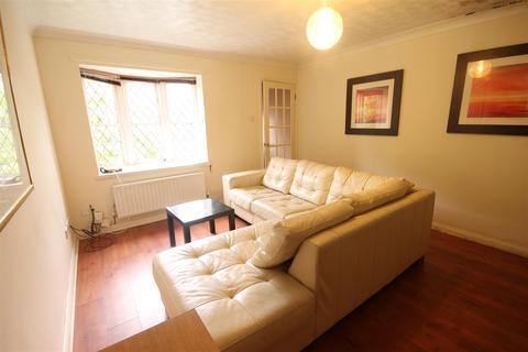 2 bedroom terraced house to rent - Wallace Street, Spital Tongues