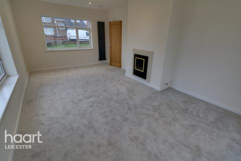 3 bedroom bungalow for sale - Linwal Avenue, Leicester