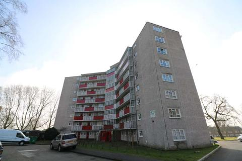 2 bedroom flat to rent - Granville Road, Southcote