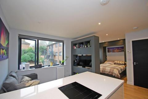 Studio for sale - Lincoln House, Brookfield Road, Wooburn Green, HP10