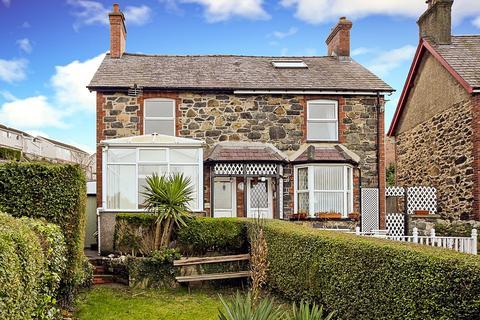 3 bedroom semi-detached house for sale - Valley Road, Llanfairfechan, Gwynedd, LL33