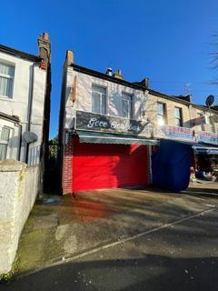2 bedroom flat to rent - Durants Road,,