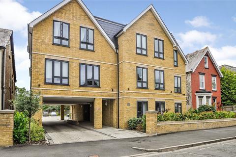 2 bedroom apartment to rent - Norfolk Road, Maidenhead, SL6