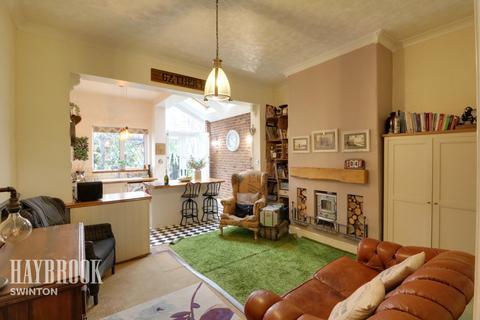 2 bedroom townhouse for sale - Church Street, Swinton
