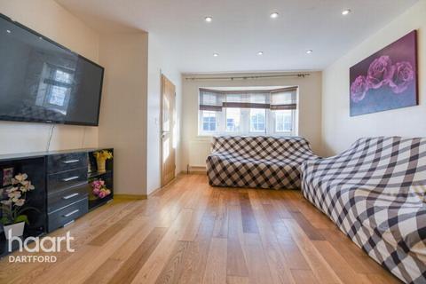 5 bedroom semi-detached house for sale - Faesten Way, BEXLEY