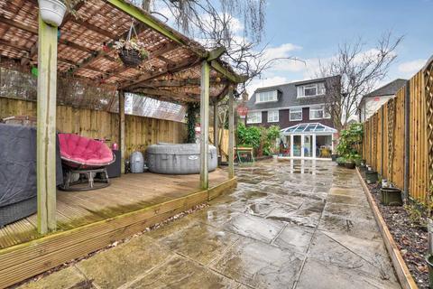 4 bedroom semi-detached house for sale - Oak Tree Road, Marlow