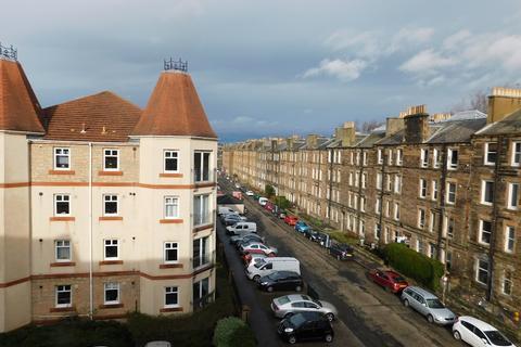 2 bedroom flat to rent - Sinclair Gardens, Edinburgh EH11