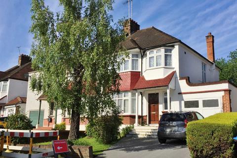 4 bedroom semi-detached house to rent - Brookdale, London, N11