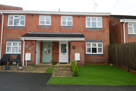 1 bedroom flat for sale - Canterbury Drive, Rugeley