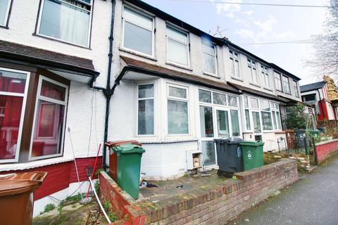 4 bedroom terraced house to rent - Bedford Road, London