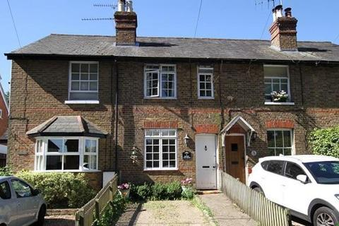 2 bedroom terraced house to rent - Cookham