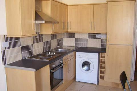 3 bedroom house to rent - Richmond Road, Flat 3, First Floor Front Flat, Roath, Cardiff