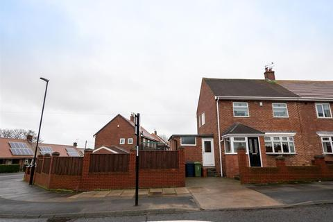 3 bedroom semi-detached house for sale - Helvellyn Road, Hill View, Sunderland