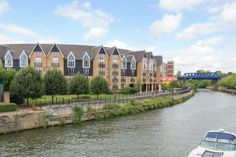 2 bedroom penthouse for sale - Scotney Gardens, St. Peters Street, Maidstone, Kent
