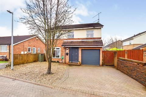 4 bedroom detached house for sale - The Paddocks, Driffield
