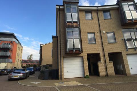 1 bedroom in a house share to rent - Rustat Avenue, Cambridge,