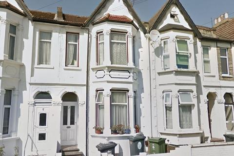 1 bedroom flat to rent - Goodall Road, Leytonstone, London. E11