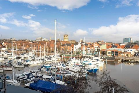 1 bedroom apartment for sale - Railway Street, Hull Marina, Hull, East Yorkshire, HU1 2BE