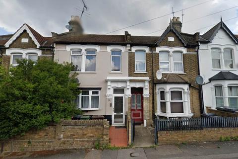 2 bedroom flat to rent - Cairo Road, Walthamstow, London