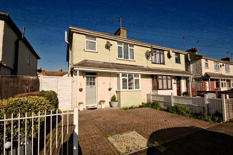 3 bedroom semi-detached house for sale - Coronation Road, Sheerness
