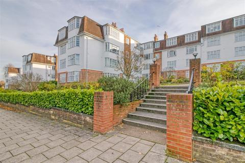 2 bedroom flat for sale - Seymour Court, Winchmore Hill