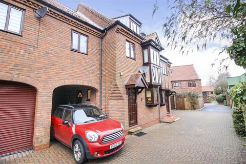 4 bedroom townhouse for sale - Friars Lane, Beverley