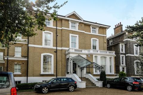2 bedroom flat to rent - St. Johns Park Blackheath SE3