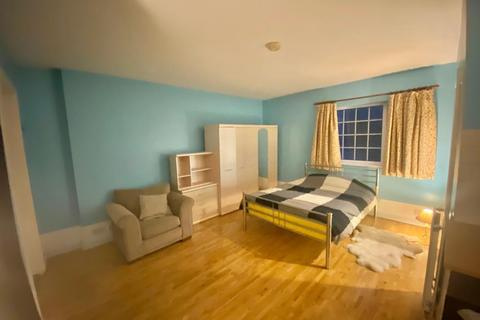 Studio to rent - Henley Road,  Shillingford,  OX10