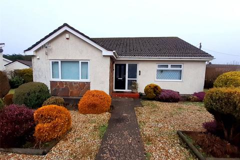3 bedroom bungalow for sale - Beaufort Hill, Beaufort, Ebbw Vale, Gwent, NP23