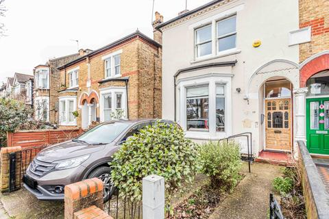 3 bedroom semi-detached house for sale - Whittington Road, London, N22