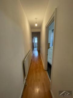 1 bedroom flat to rent - Well St, E9