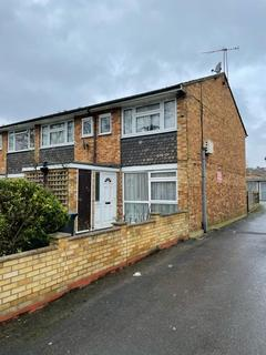2 bedroom flat to rent - Chase Side, Enfield