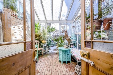 2 bedroom ground floor flat for sale - Chesham Bois