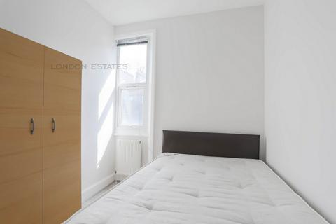 3 bedroom flat to rent - Praed Street, Paddington, W2
