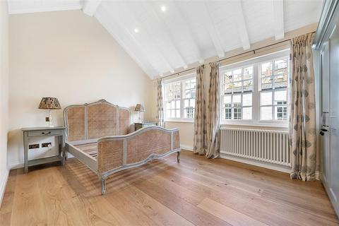 2 bedroom mews to rent - Victoria Grove Mews, W2