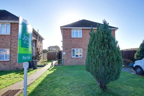 2 bedroom apartment for sale - Canterbury Road, Worthing, West Sussex, BN13