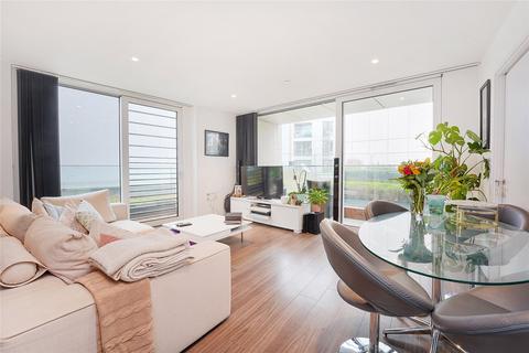 3 bedroom flat for sale - Buckhold Road, London