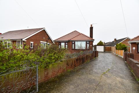 2 bedroom detached bungalow to rent - Clifton Avenue, Blackpool, FY4