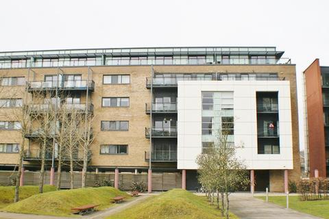 Studio to rent - Hartland House, Prospect Place, Cardiff, CF11 0JE