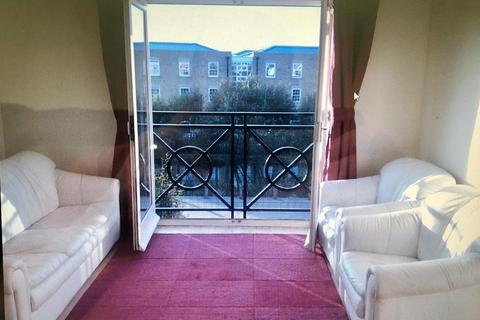 2 bedroom flat to rent - Eden Close EN3